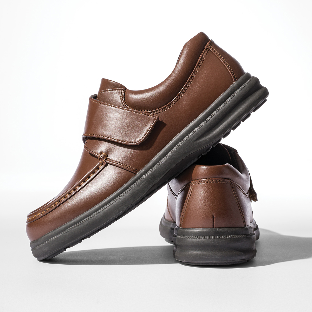 Men's Walking Shoes   Hush Puppies