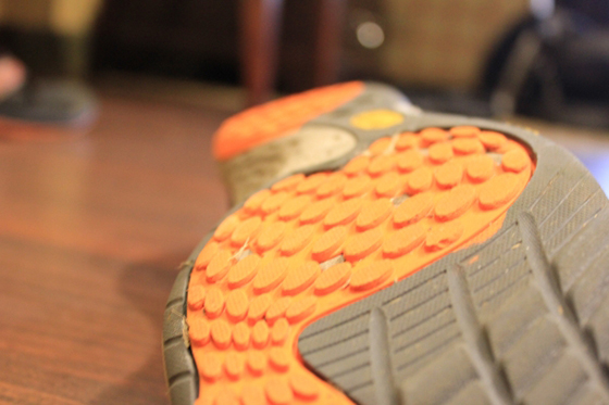Merrell Road Glove Tread