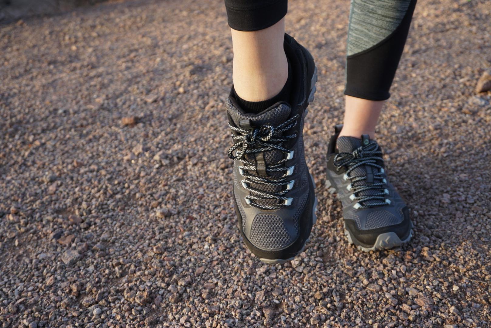 1_FootCircles