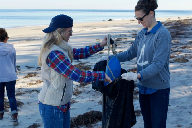 sperrybeachcleanup_blog2
