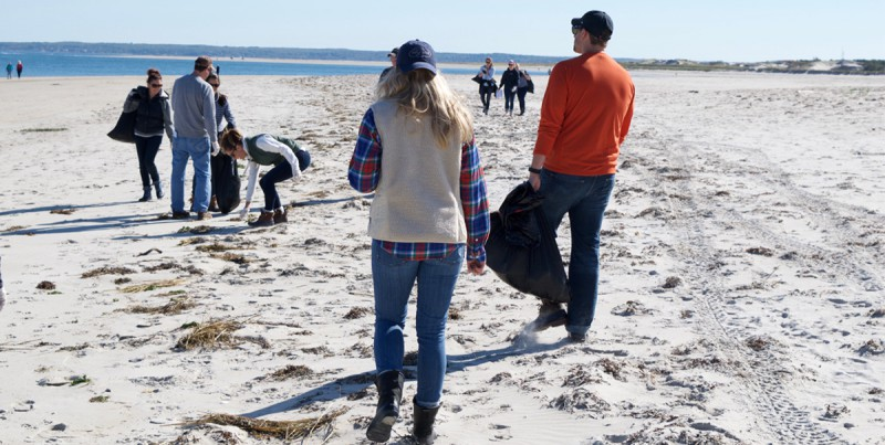 sperrybeachcleanup_blog3