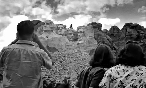 Mount Rushmore Construction Summer 1941 Larry Moran DP reveiw